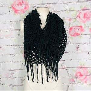 Accessories - Lightweight crochet fringe scarf